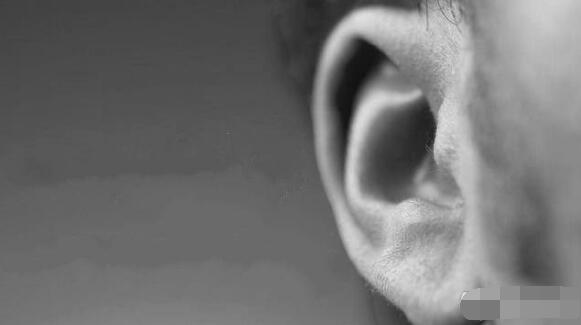 One tongue and two ears: listen more and talk less in communication