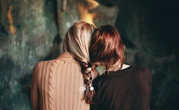 7 ways to maintain your long-term friendship